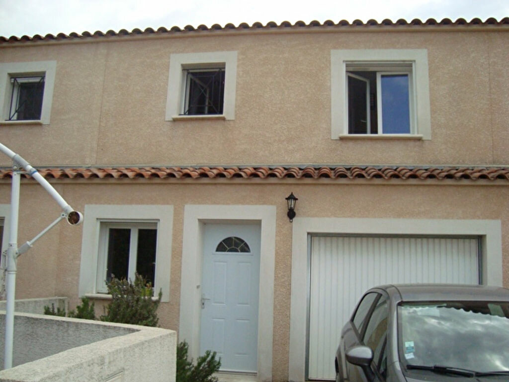 Location Maison 4 pièces à Lunel - vignette-1