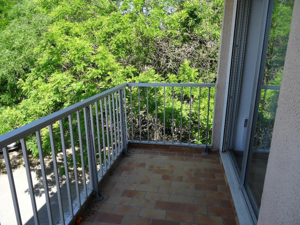Location Appartement 1 pièce à Lunel - vignette-1