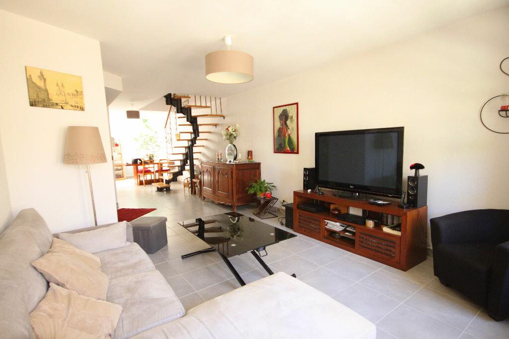 Achat Appartement 3 pièces à Valergues - vignette-1