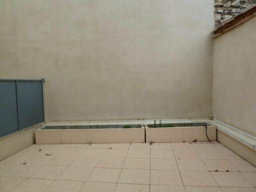 Achat Appartement 2 pièces à Vauvert - vignette-3