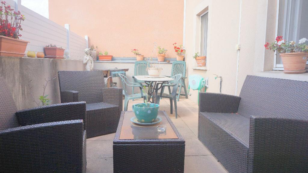 Achat Appartement 3 pièces à Vauvert - vignette-1