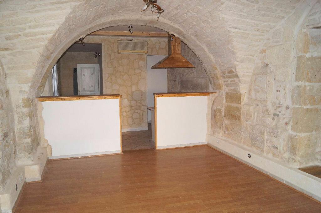 Achat Appartement 1 pièce à Codognan - vignette-1