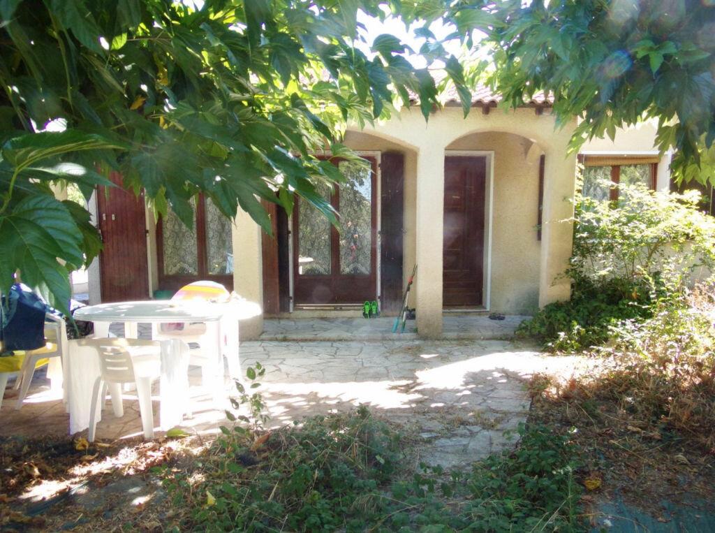 Achat Maison 4 pièces à Vergèze - vignette-1