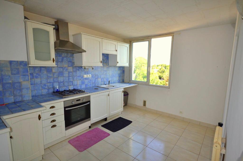 Achat Appartement 4 pièces à Lunel - vignette-3