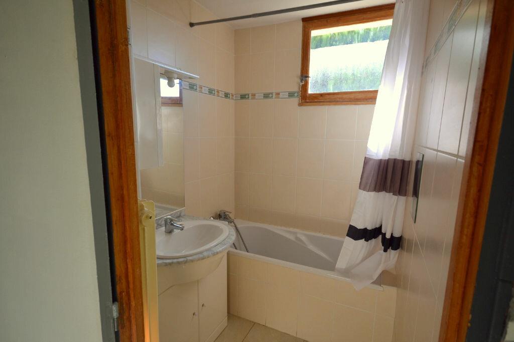 Achat Appartement 4 pièces à Lunel - vignette-6