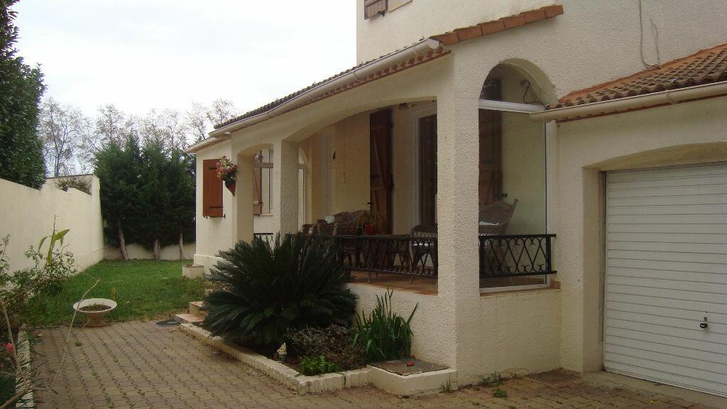 Location Maison 5 pièces à Lunel-Viel - vignette-1