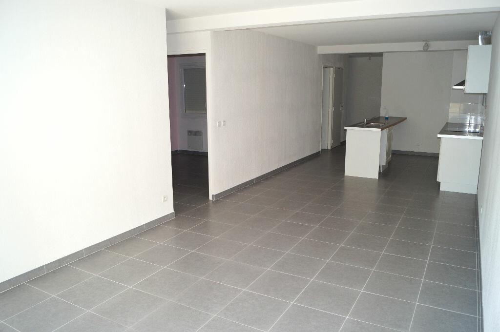 Achat Appartement 3 pièces à Codognan - vignette-1