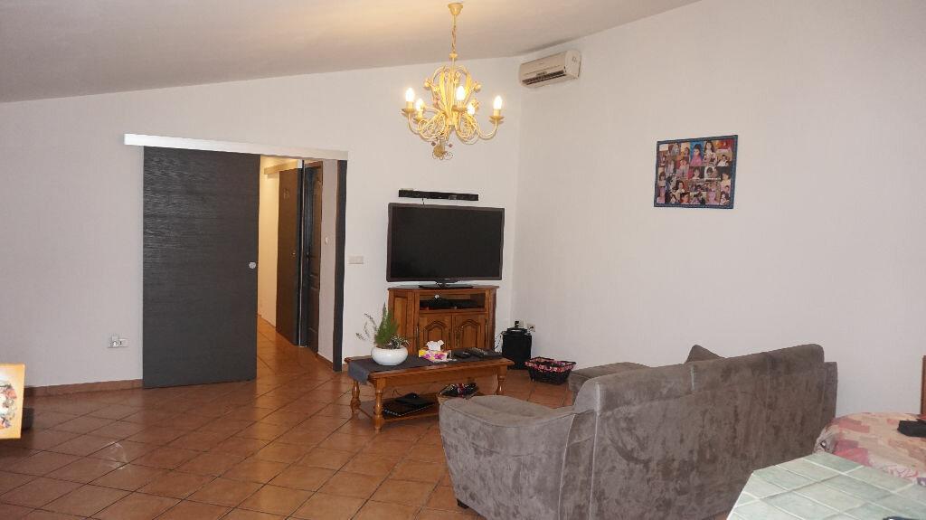 Location Maison 3 pièces à Vauvert - vignette-1