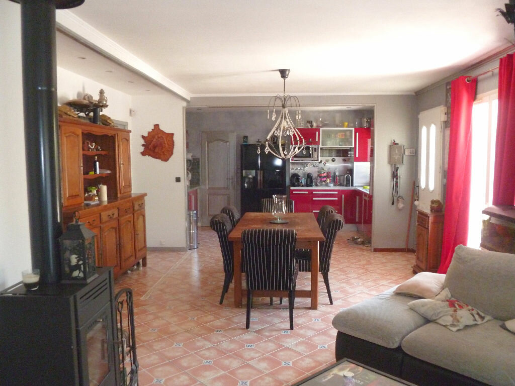 Achat Maison 4 pièces à Aimargues - vignette-6