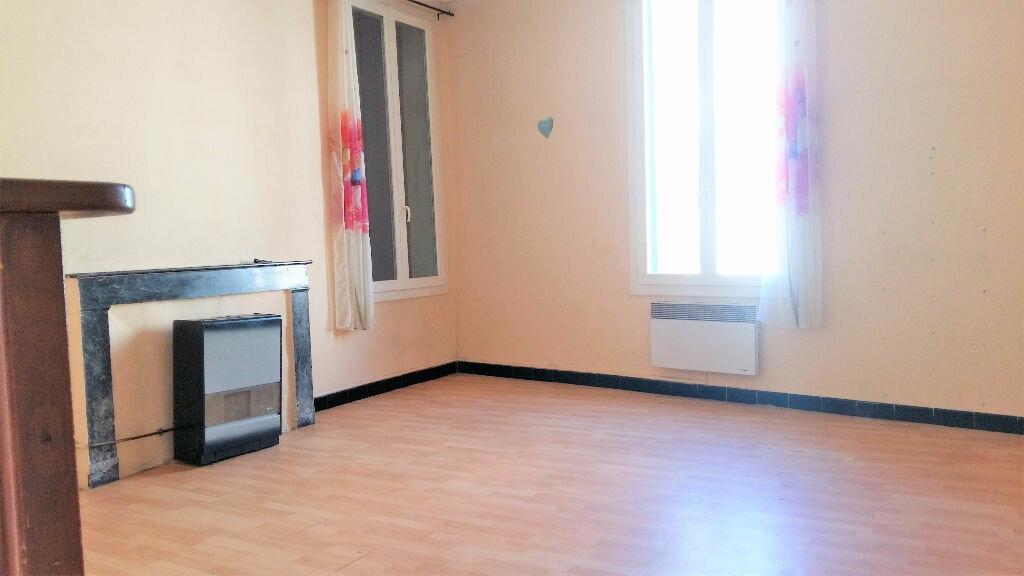 Location Maison 4 pièces à Beauvoisin - vignette-3