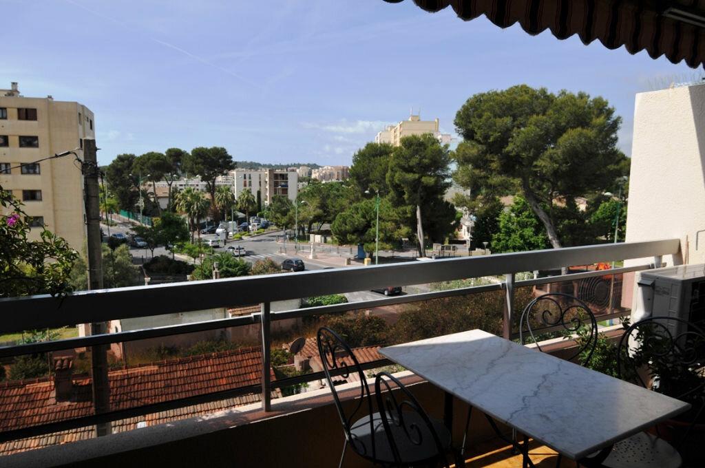 Achat Appartement 3 pièces à Le Cannet - vignette-1
