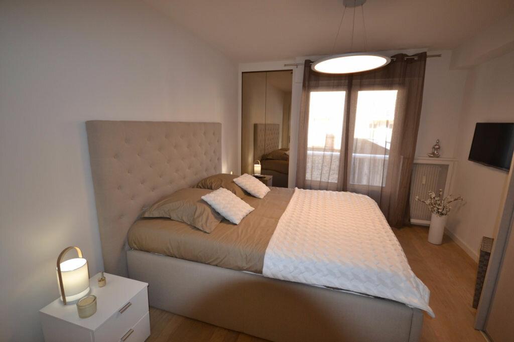 Achat Appartement 4 pièces à Cannes - vignette-4