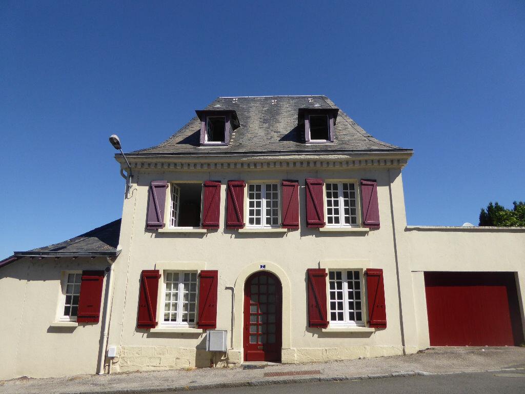 Achat Maison 6 pièces à Pierre-Buffière - vignette-1