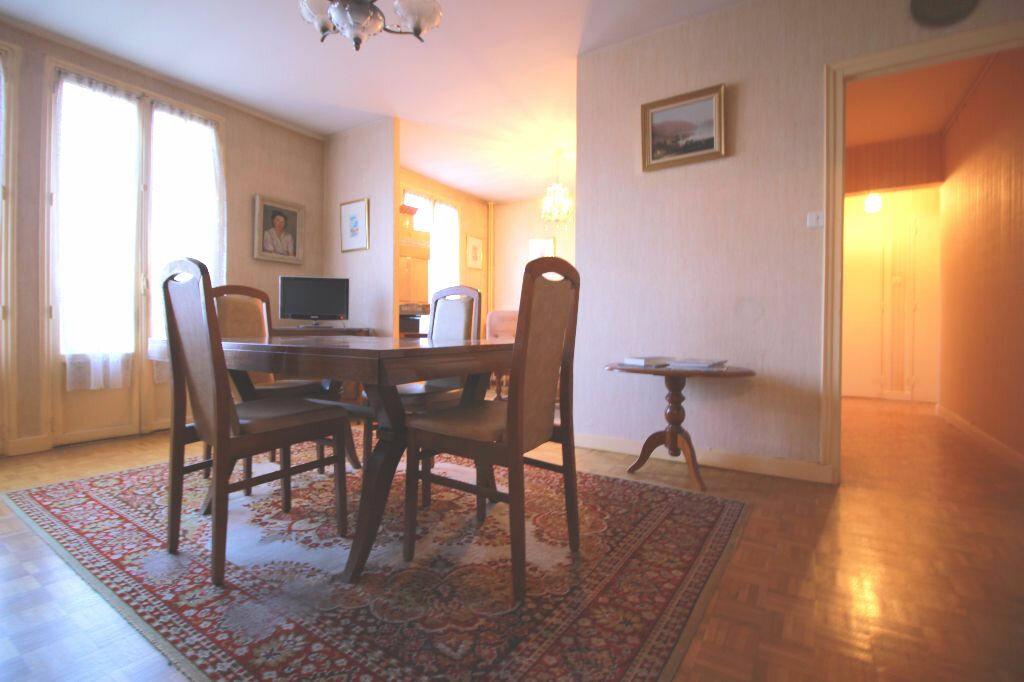 Achat Appartement 4 pièces à Limoges - vignette-3