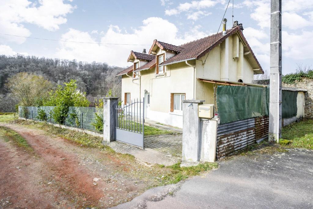 Achat Maison 5 pièces à Saint-Priest-Taurion - vignette-1