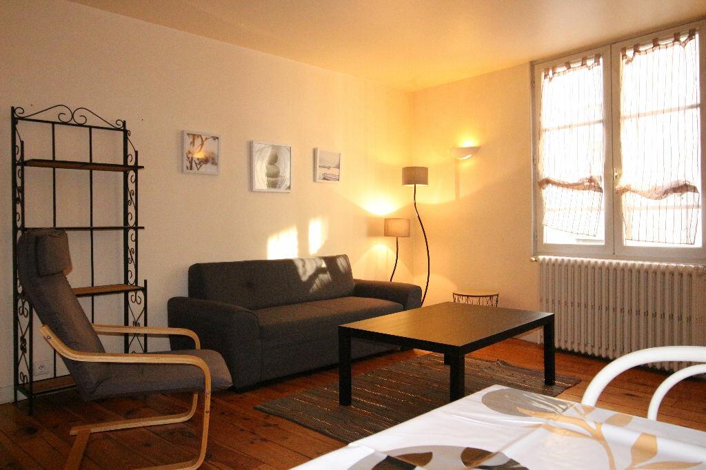 Location Appartement 3 pièces à Limoges - vignette-1