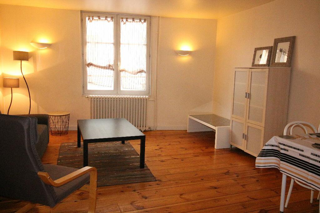 Location Appartement 3 pièces à Limoges - vignette-10