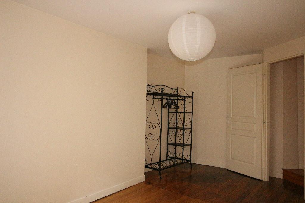 Location Appartement 3 pièces à Limoges - vignette-12
