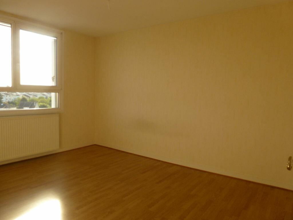 Location Appartement 4 pièces à Limoges - vignette-5