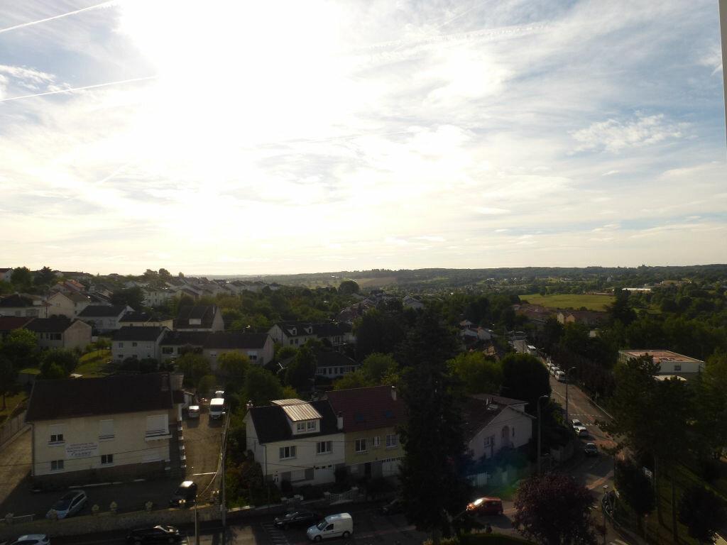 Location Appartement 4 pièces à Limoges - vignette-9