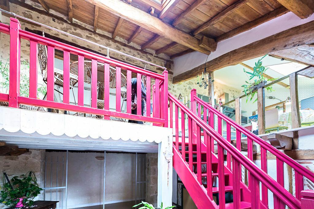 Achat Maison 6 pièces à Saint-Just-le-Martel - vignette-10