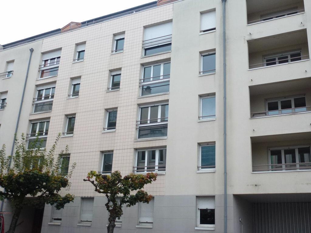 Achat Appartement 4 pièces à Limoges - vignette-8