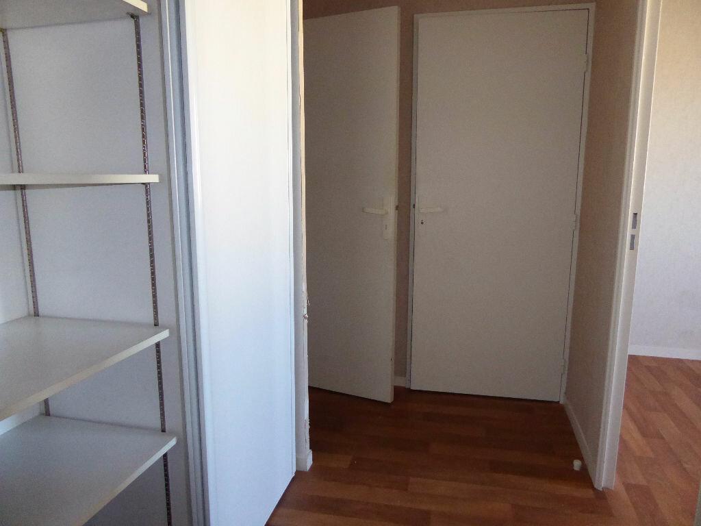 Achat Appartement 4 pièces à Limoges - vignette-14