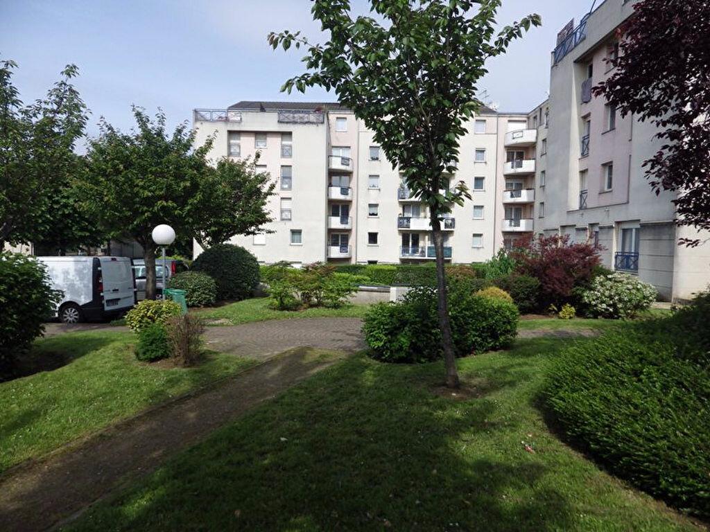 Achat Appartement 1 pièce à Bondy - vignette-1