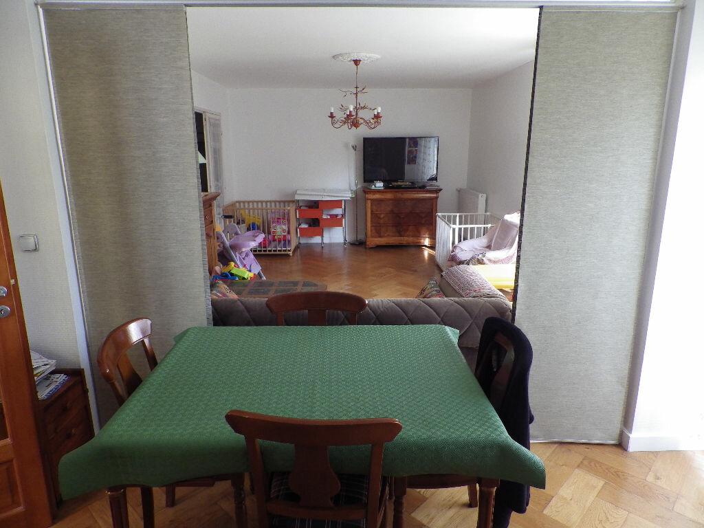 Achat Appartement 5 pièces à Bondy - vignette-3