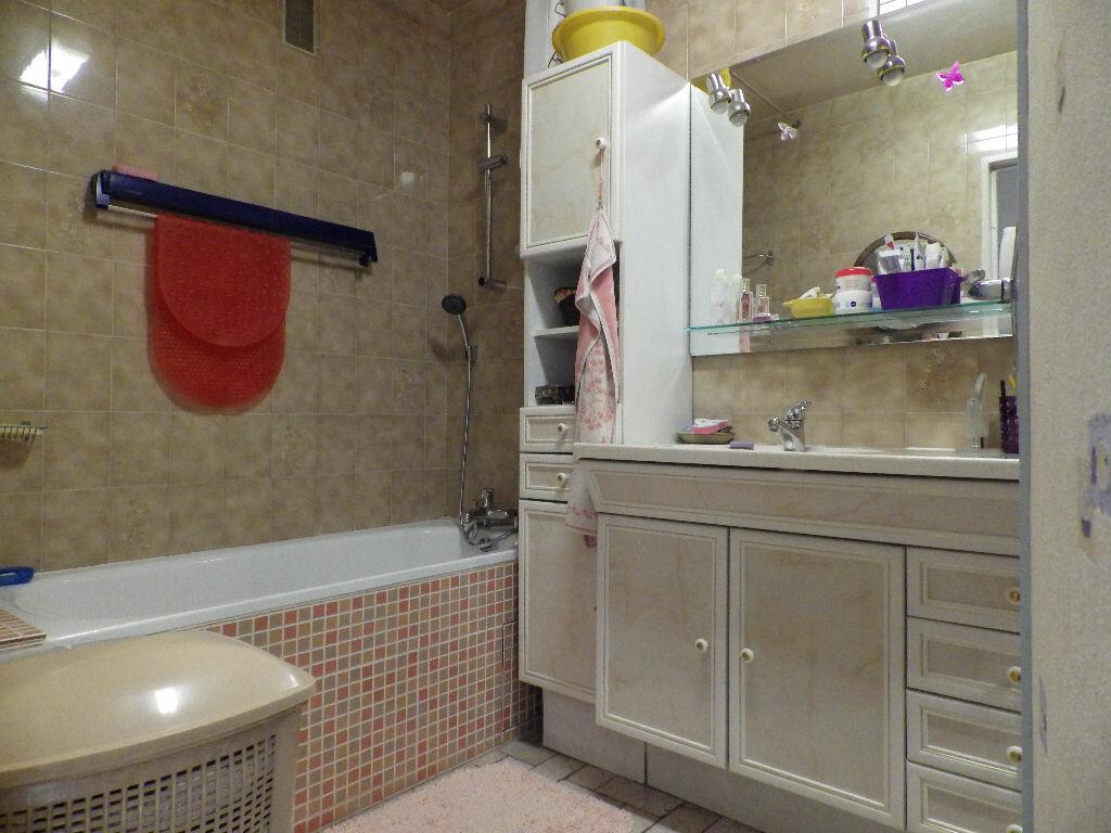 Achat Appartement 5 pièces à Bondy - vignette-6