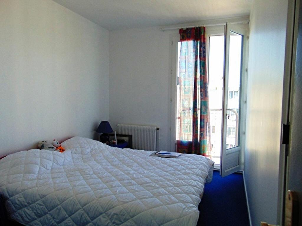 Achat Appartement 4 pièces à Clichy-sous-Bois - vignette-3