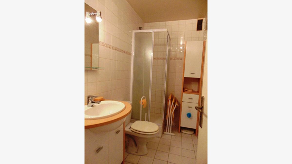 Achat Appartement 1 pièce à Les Pavillons-sous-Bois - vignette-3