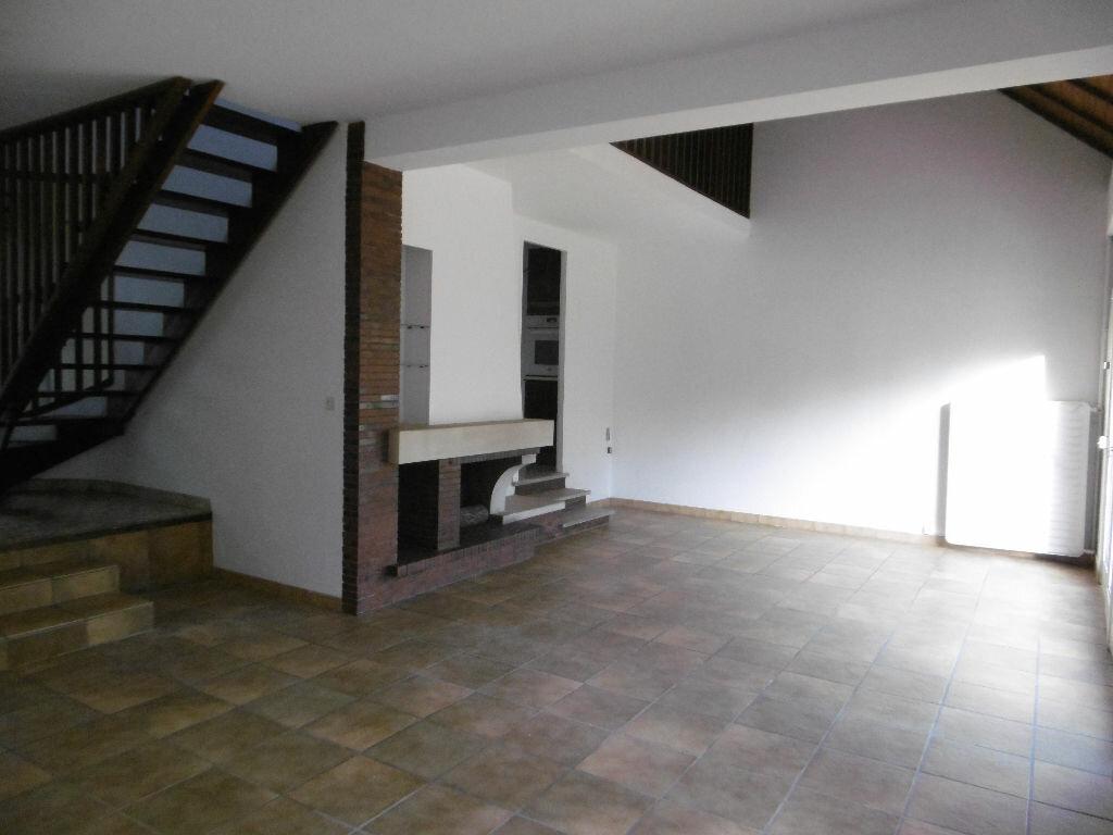 Location Maison 4 pièces à Reims - vignette-1
