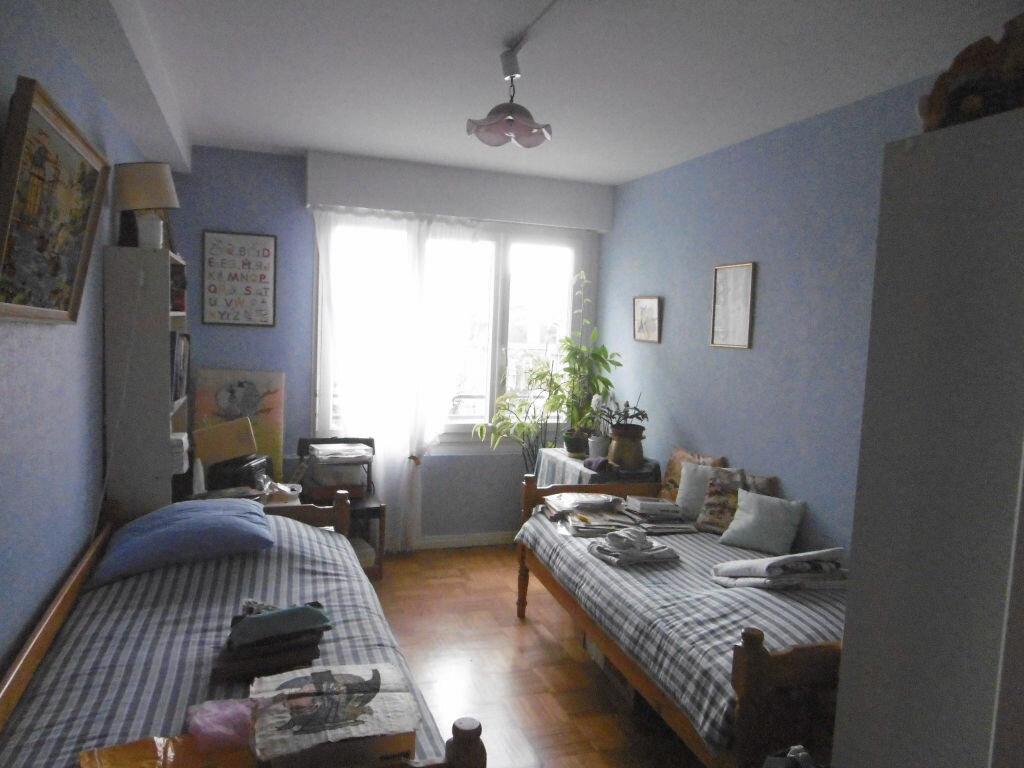 Achat Appartement 4 pièces à Reims - vignette-5