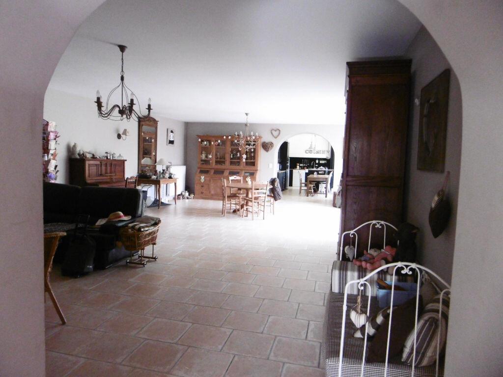 Achat Maison 7 pièces à Le Châtelet-sur-Retourne - vignette-2