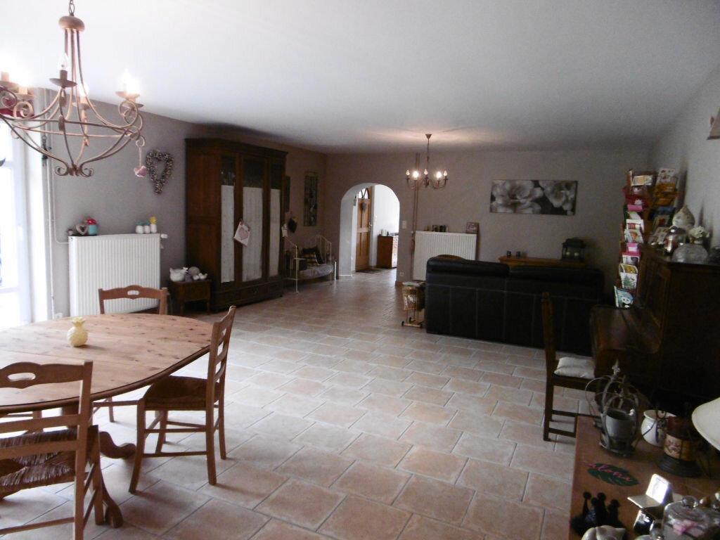 Achat Maison 7 pièces à Le Châtelet-sur-Retourne - vignette-4