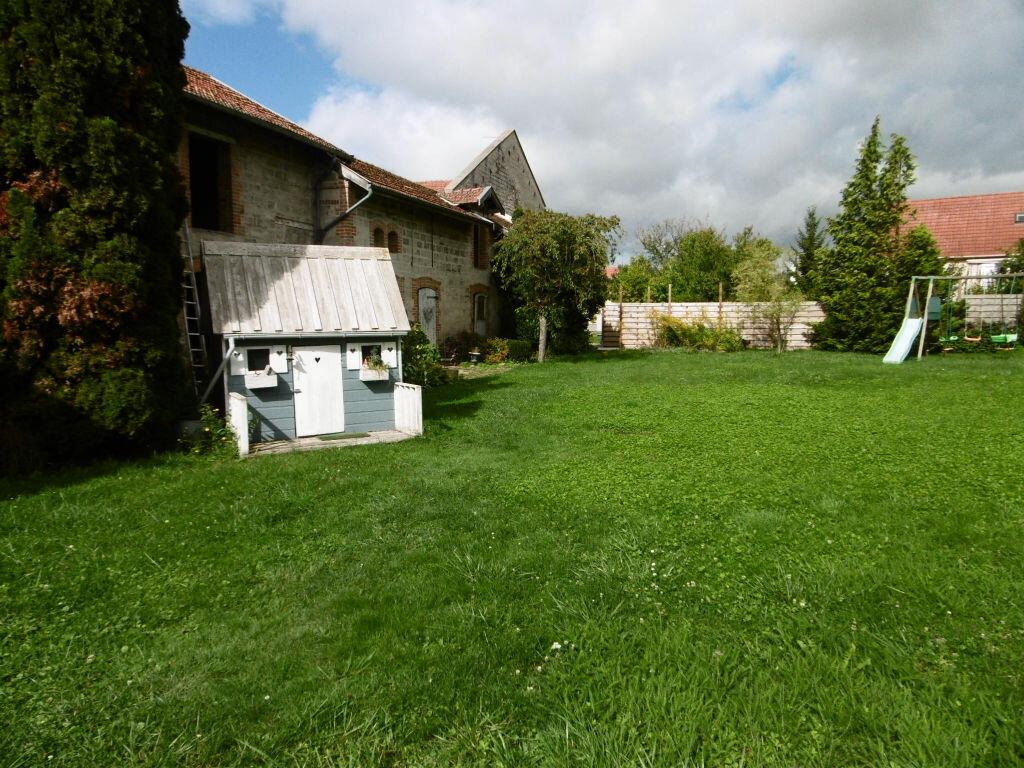Achat Maison 7 pièces à Le Châtelet-sur-Retourne - vignette-8