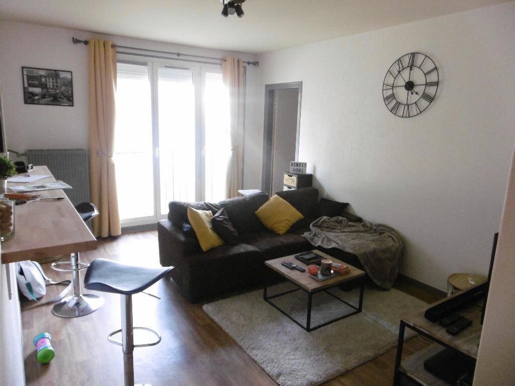 Achat Appartement 4 pièces à Reims - vignette-2