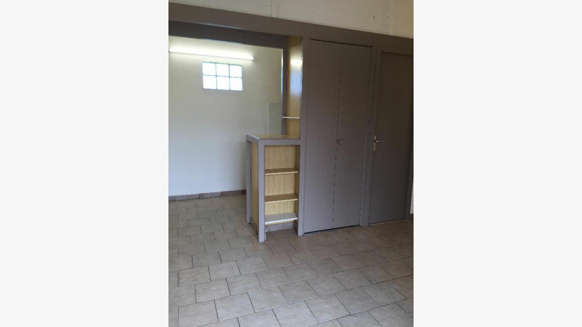 Location Appartement 1 pièce à Saint-Paul-lès-Dax - vignette-4