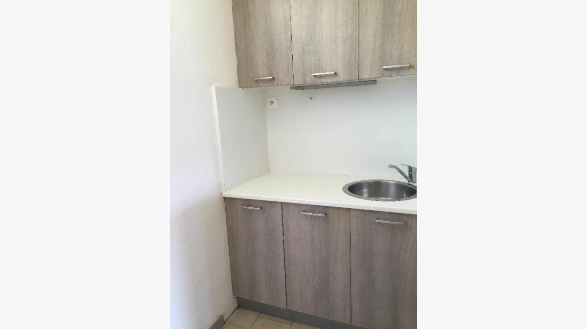 Location Appartement 1 pièce à Saint-Paul-lès-Dax - vignette-5