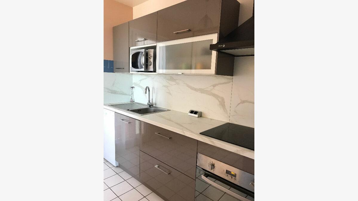 Achat Appartement 3 pièces à Saint-Paul-lès-Dax - vignette-2