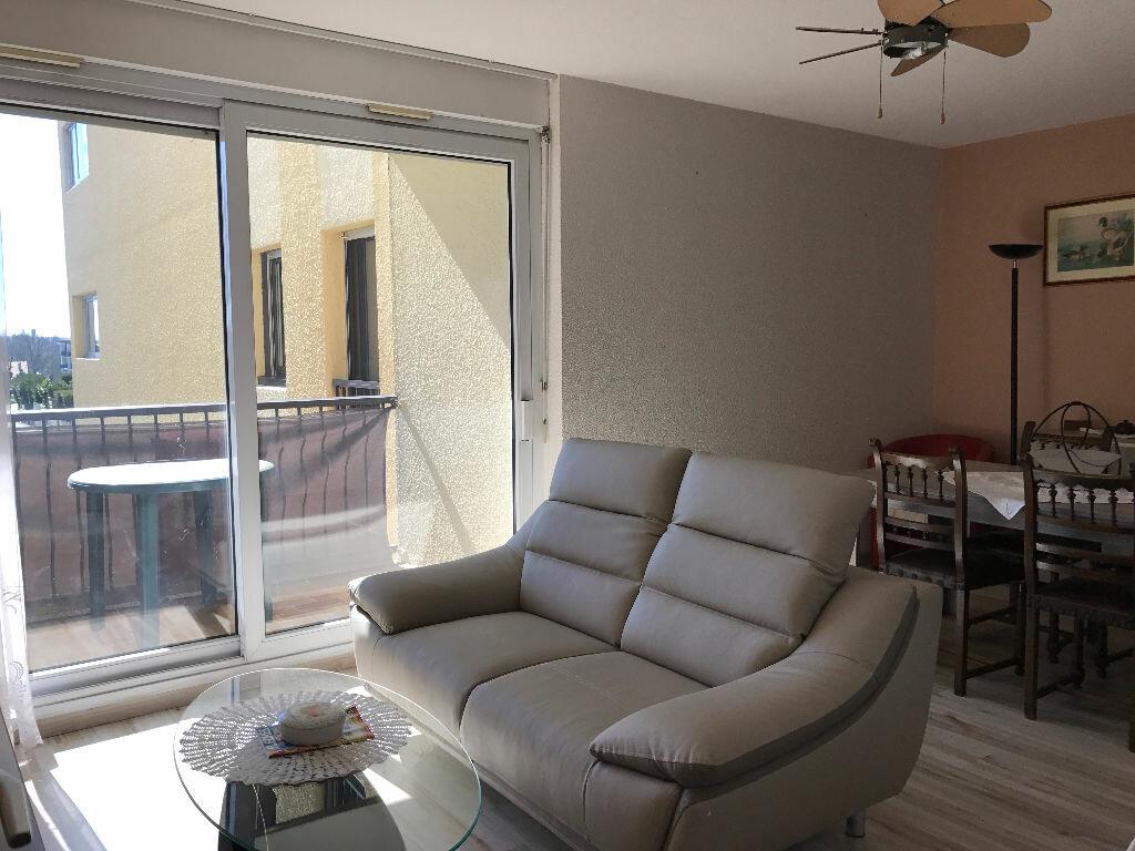 Achat Appartement 3 pièces à Saint-Paul-lès-Dax - vignette-3
