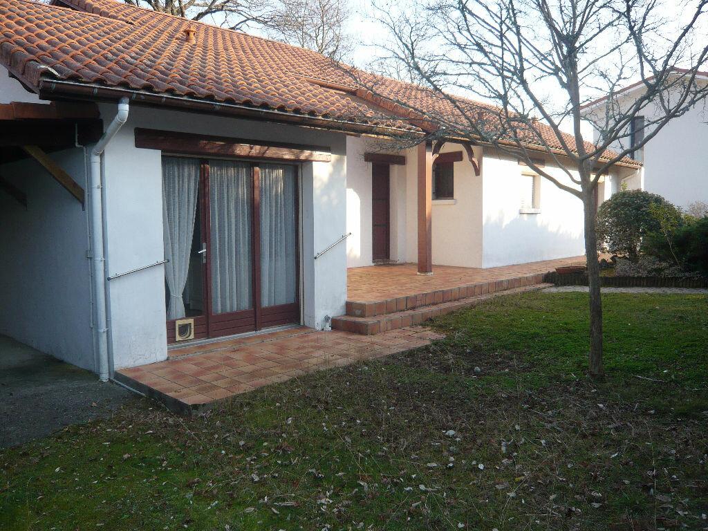 Achat Maison 4 pièces à Saint-Paul-lès-Dax - vignette-2
