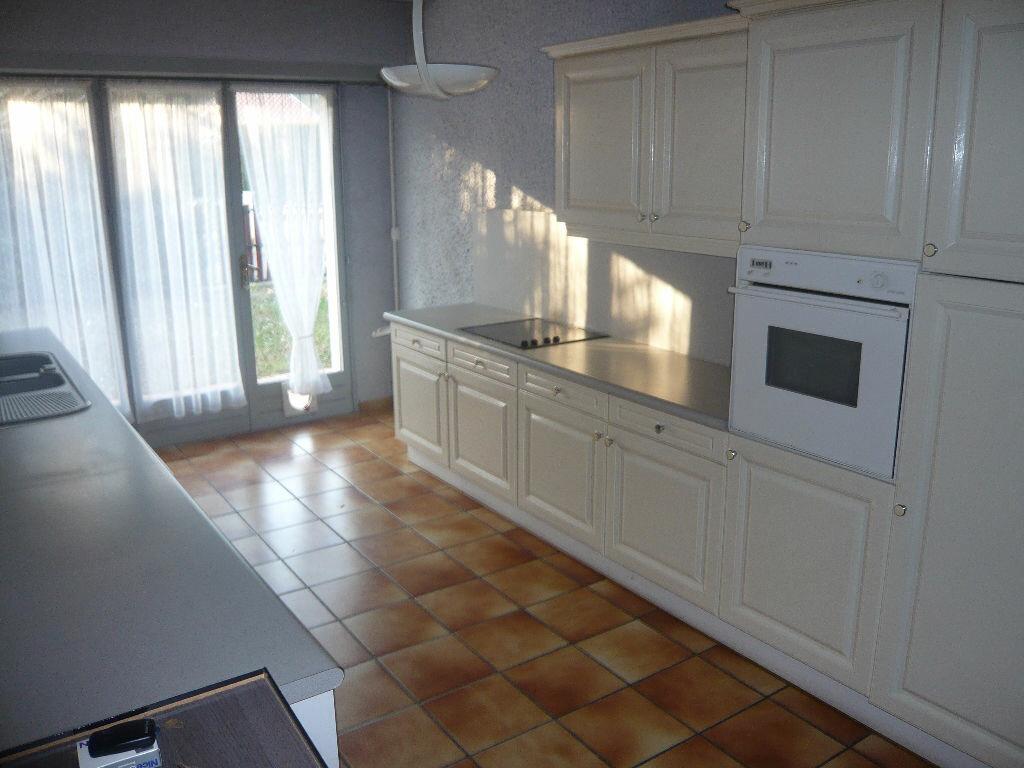 Achat Maison 4 pièces à Saint-Paul-lès-Dax - vignette-5