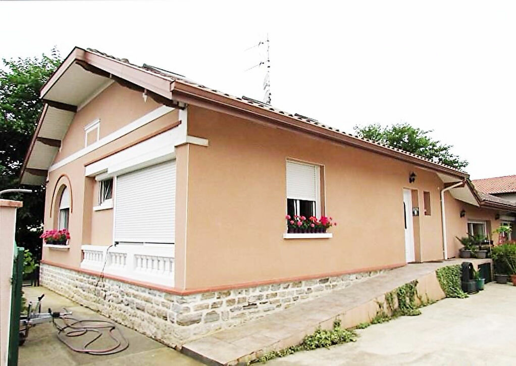 Achat Maison 7 pièces à Narrosse - vignette-1