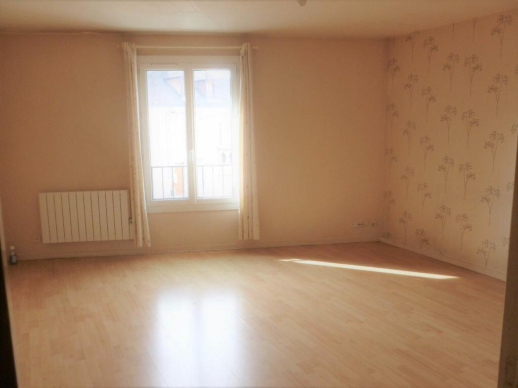 Achat Appartement 1 pièce à Nemours - vignette-1