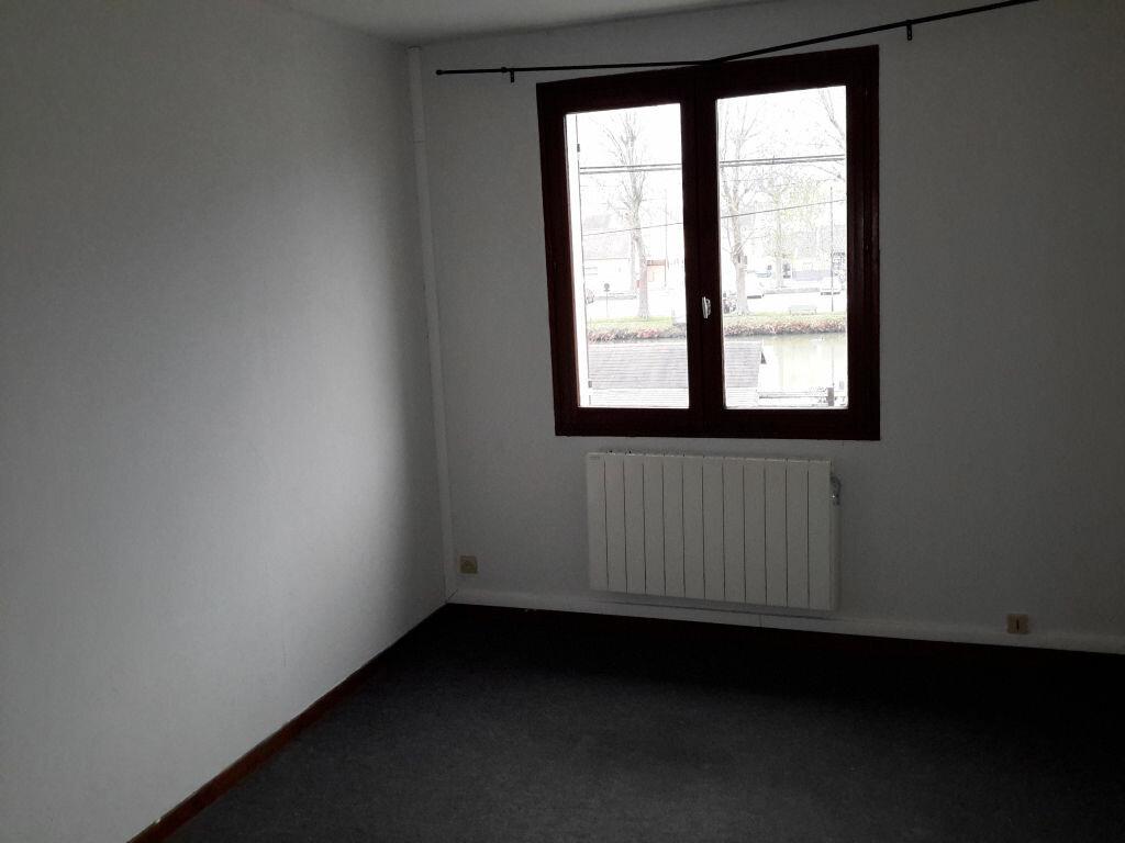 Location Maison 4 pièces à Nemours - vignette-4
