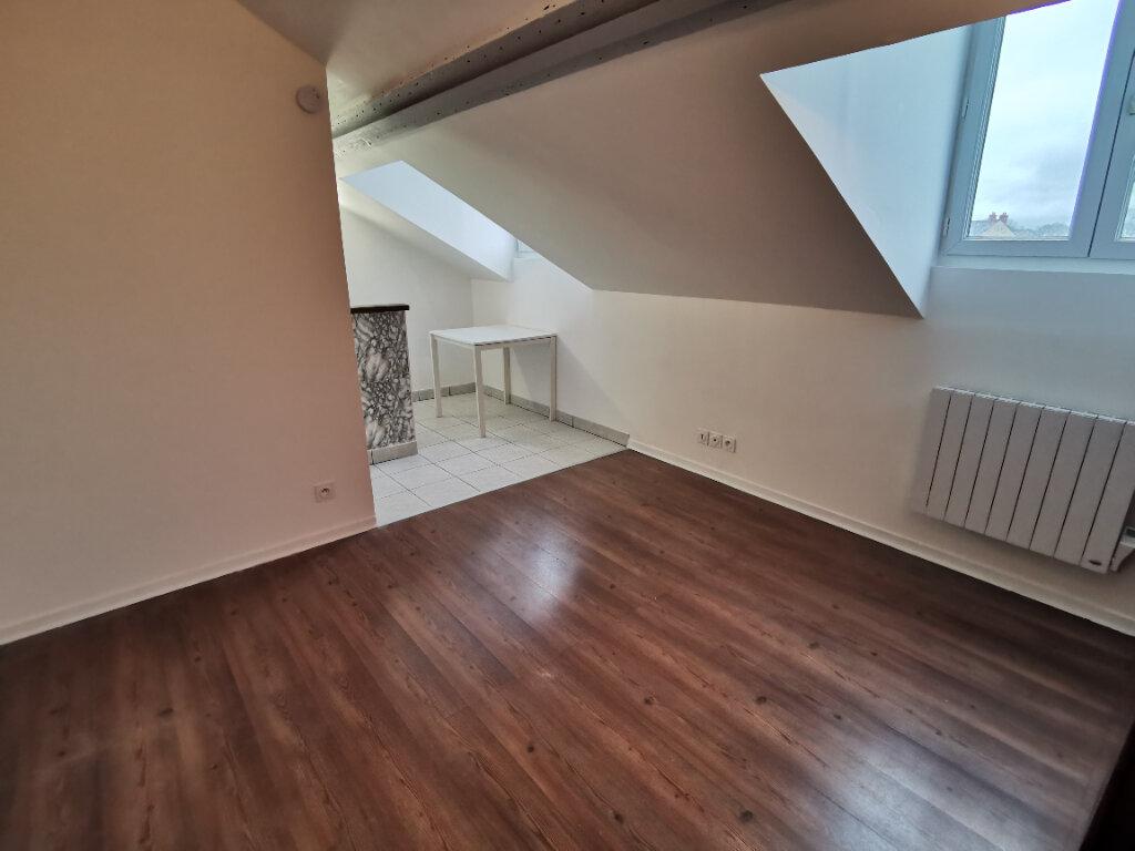 Achat Appartement 1 pièce à Saint-Pierre-lès-Nemours - vignette-1