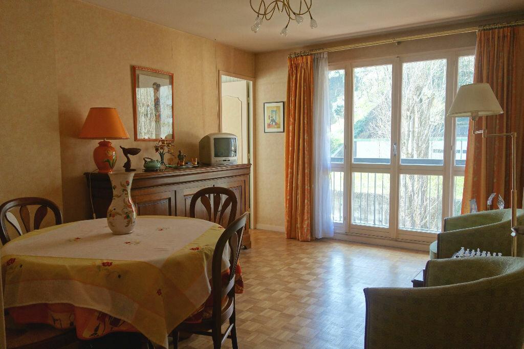 Achat Appartement 3 pièces à Lyon 9 - vignette-2