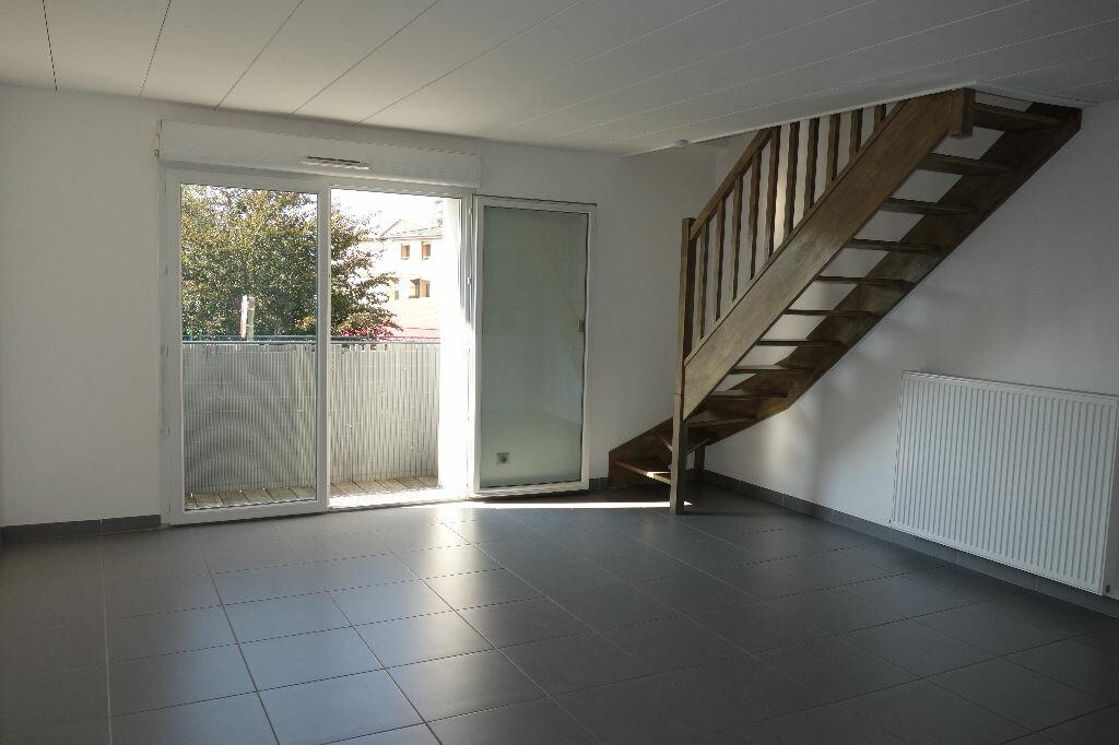 Achat Appartement 3 pièces à La Mulatière - vignette-1
